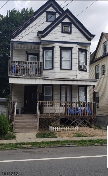 202 Central Ave, Passaic City, NJ 07055 (#3572380) :: NJJoe Group at Keller Williams Park Views Realty