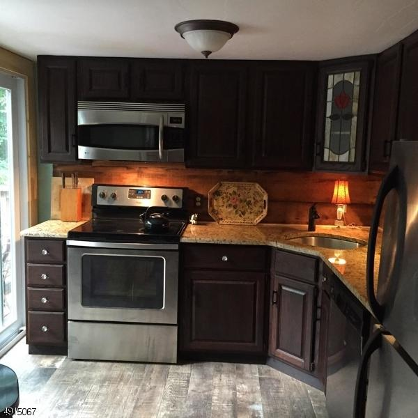 204 Alachua Rd, Vernon Twp., NJ 07422 (MLS #3573182) :: Zebaida Group at Keller Williams Realty