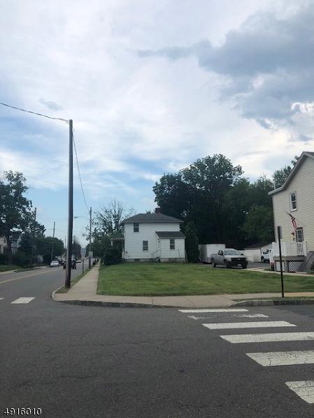 19 Church St, Flemington Boro, NJ 08822 (MLS #3574387) :: Mary K. Sheeran Team