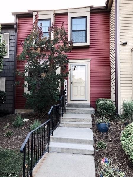 13 Wood Duck Ct, Allamuchy Twp., NJ 07840 (MLS #3574704) :: The Dekanski Home Selling Team