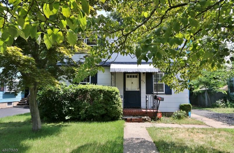 655 Fairview Ave - Photo 1