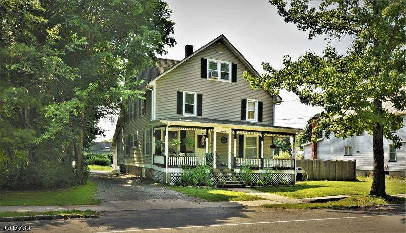 18 Wantage Ave - Photo 1