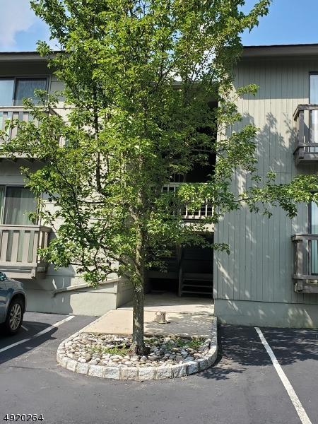 1406 Spruce Hills Dr #1406, Glen Gardner Boro, NJ 08826 (MLS #3578000) :: The Debbie Woerner Team