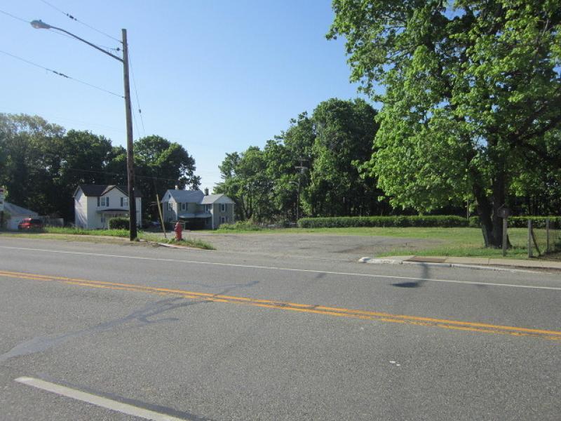 212 Us Highway 46 - Photo 1