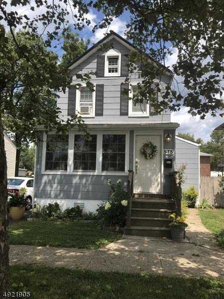 575 W Hazelwood Ave, Rahway City, NJ 07065 (MLS #3579466) :: Mary K. Sheeran Team