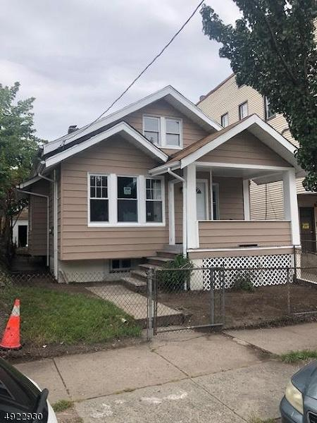 388 10TH AVE - Photo 1