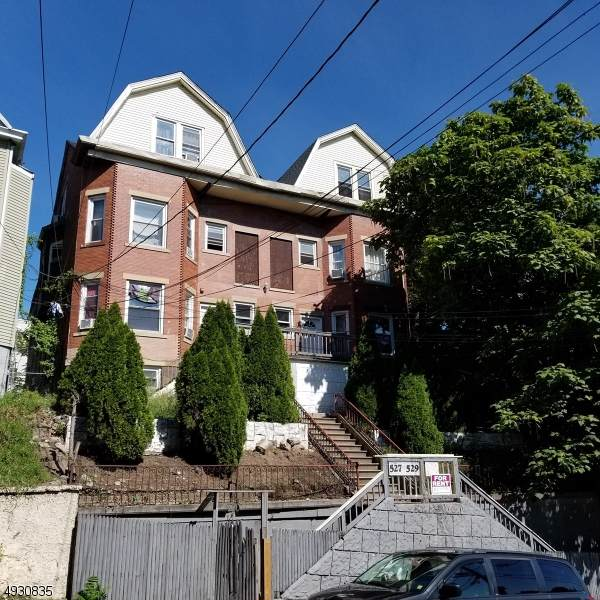 527 Totowa Ave, Paterson City, NJ 07522 (MLS #3587647) :: William Raveis Baer & McIntosh