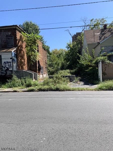 94 Eastern Pky, Irvington Twp., NJ 07111 (MLS #3589039) :: William Raveis Baer & McIntosh