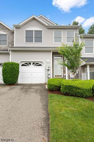 83 Springhill Dr, Parsippany-Troy Hills Twp., NJ 07950 (MLS #3589349) :: The Lane Team