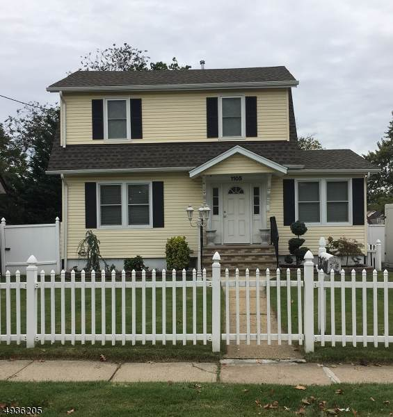 1105 Charlotte Pl, Rahway City, NJ 07065 (MLS #3592670) :: The Debbie Woerner Team