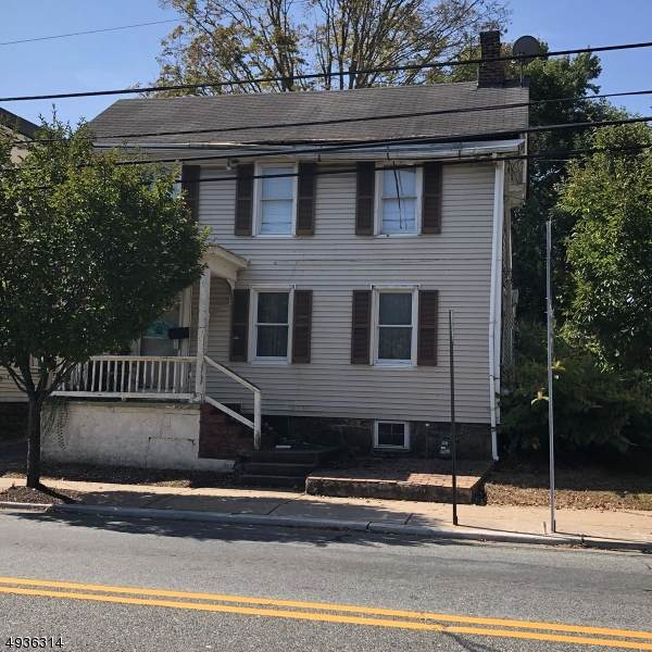 300 Main St, Hackettstown Town, NJ 07840 (MLS #3592793) :: The Debbie Woerner Team