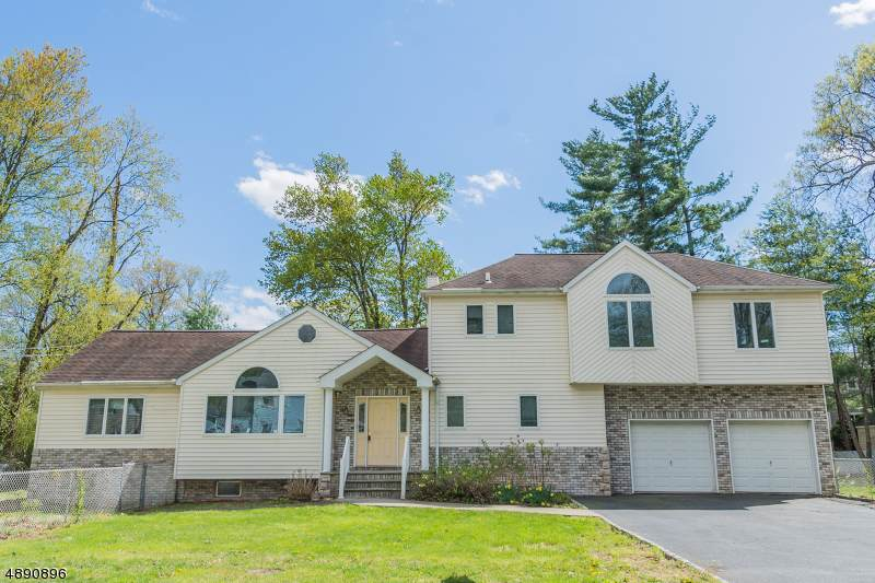 45 Beverly Rd - Photo 1