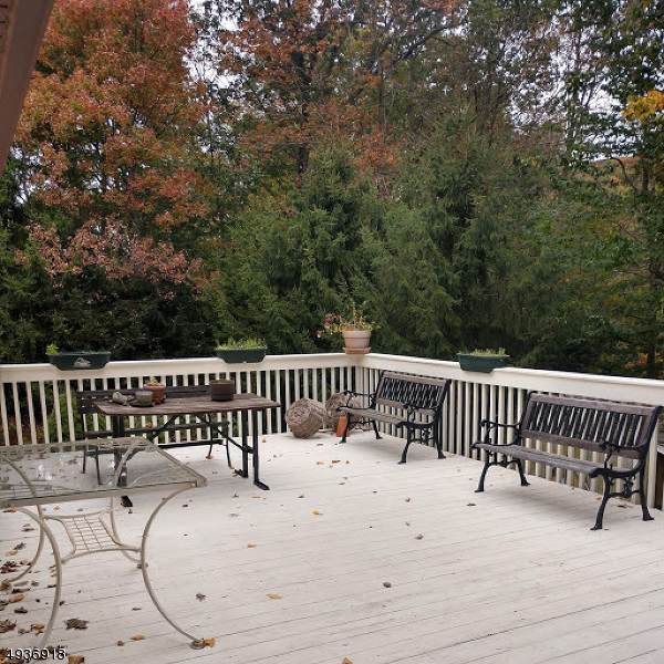 8 Papscoe Rd, West Milford Twp., NJ 07421 (MLS #3594397) :: SR Real Estate Group