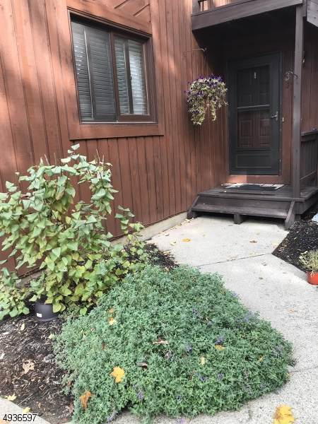 2 Falkenstein Row Unit 3 #3, Vernon Twp., NJ 07462 (MLS #3597484) :: Mary K. Sheeran Team