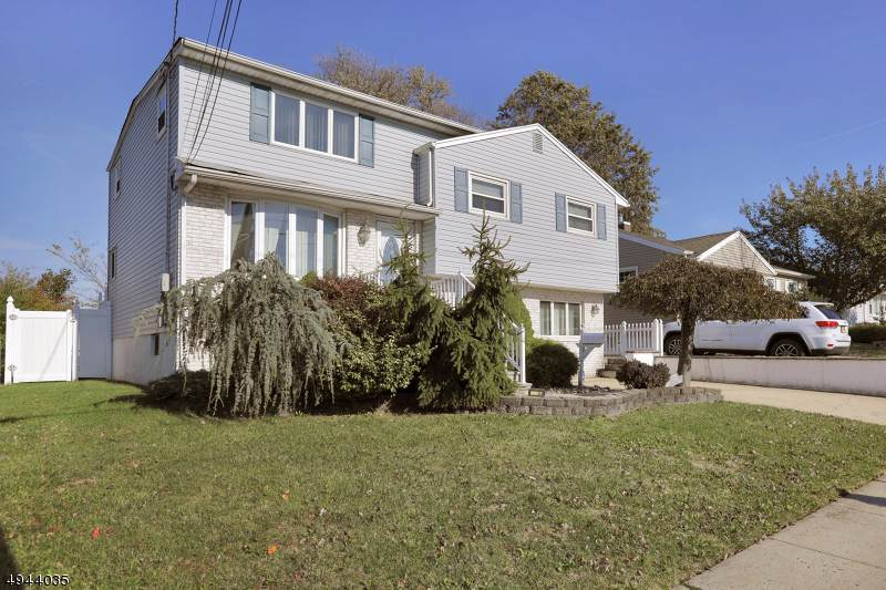 54 Harned Ave - Photo 1