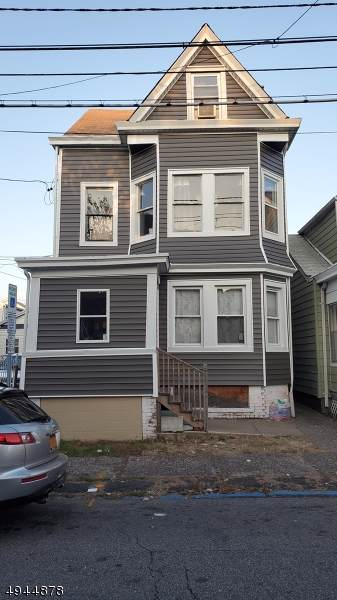 32 Manchester Ave - Photo 1
