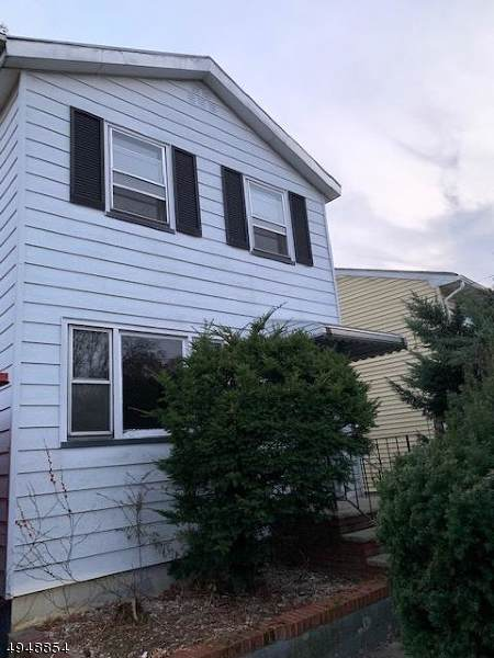 217 W 2Nd Ave, Roselle Boro, NJ 07203 (MLS #3604276) :: Weichert Realtors