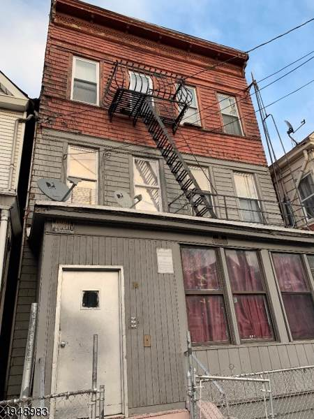 34 Vreeland Ave #6, Passaic City, NJ 07055 (MLS #3604432) :: The Sikora Group