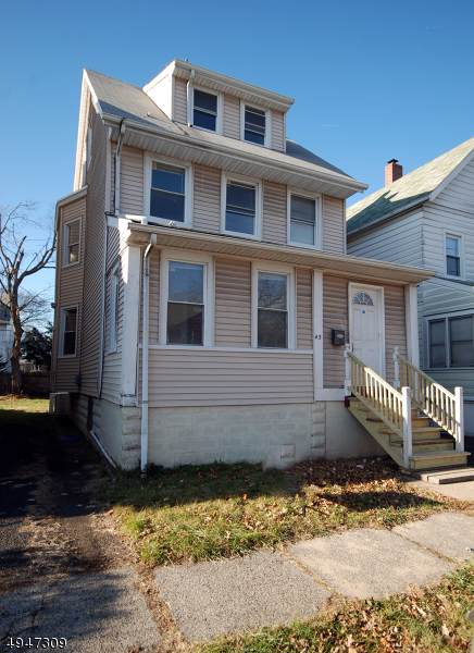 43 Telford St, East Orange City, NJ 07018 (MLS #3604997) :: The Sikora Group