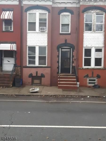 75 S 12Th St #1, Newark City, NJ 07107 (MLS #3605292) :: The Sikora Group