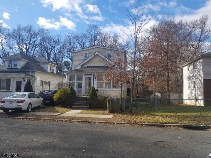 220 Linden Ave - Photo 1