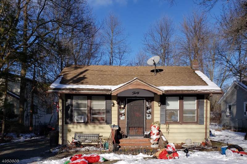 30 Madelyn Ave - Photo 1