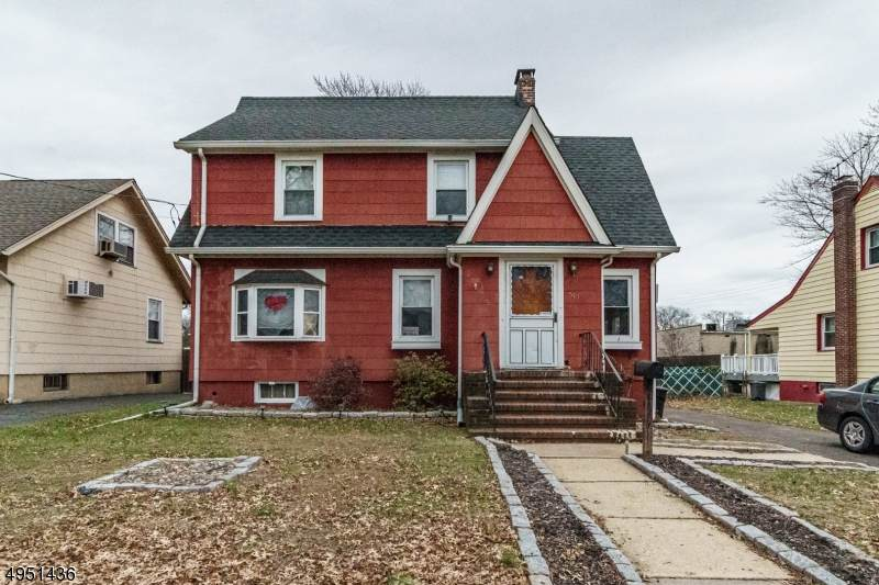 517 Elm St - Photo 1