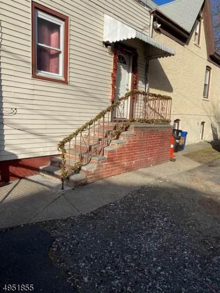 31 Milosh St, Clifton City, NJ 07011 (MLS #3609452) :: Pina Nazario