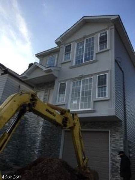139 Washington Ave, Elizabeth City, NJ 07202 (MLS #3609894) :: SR Real Estate Group