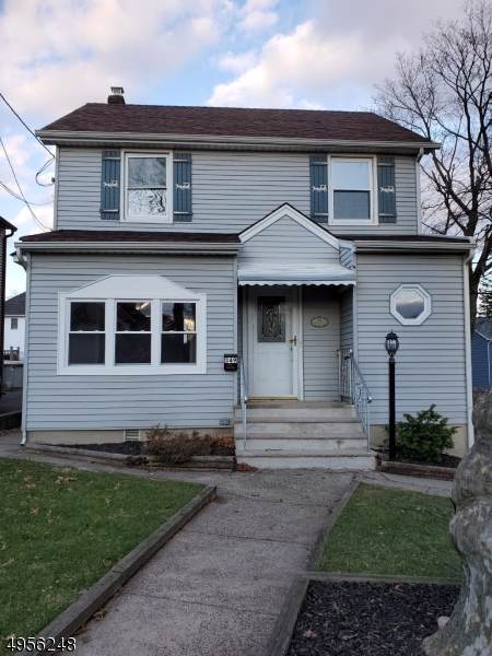 349 Roosevelt Ave, Hasbrouck Heights Boro, NJ 07604 (#3610730) :: NJJoe Group at Keller Williams Park Views Realty