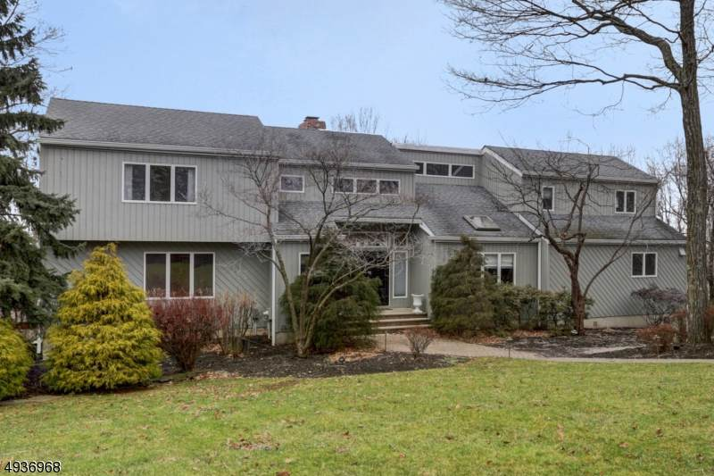 19 Lenore Rd - Photo 1