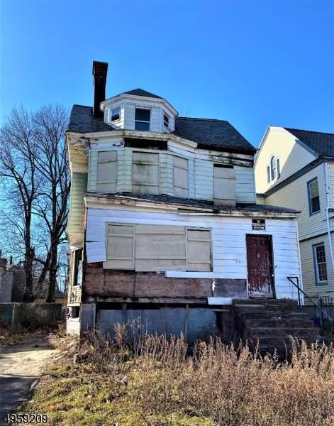 215 Rutledge Ave - Photo 1