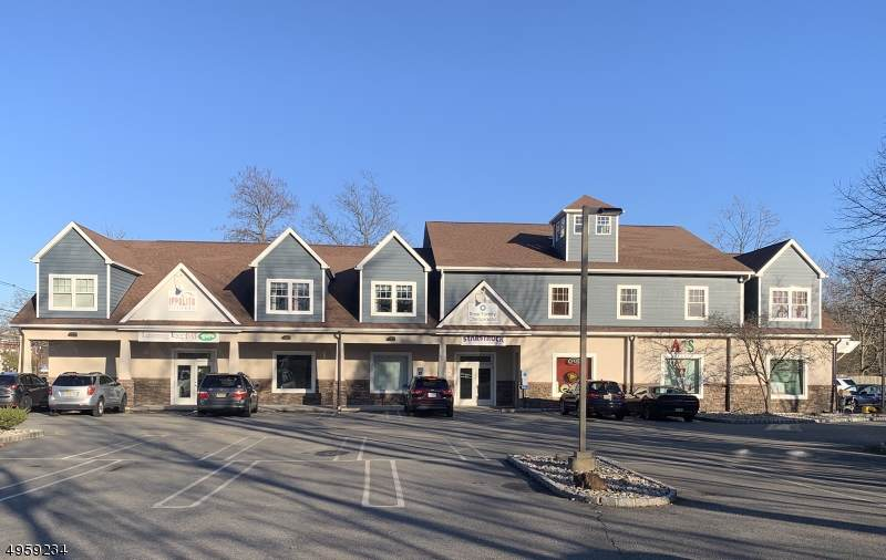 1107 Valley Rd - Photo 1