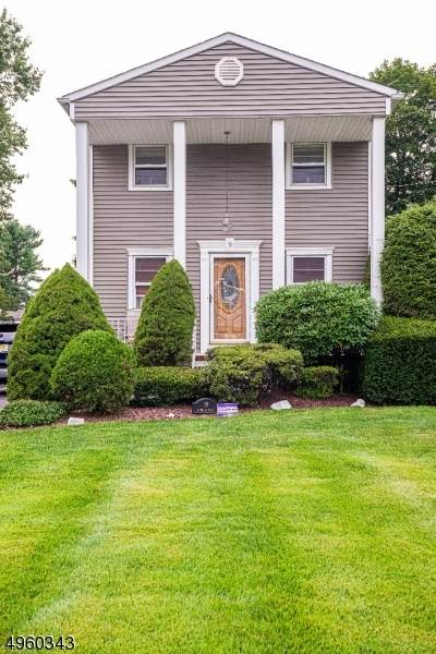 19 Andrews Pl, Pequannock Twp., NJ 07444 (MLS #3614180) :: Mary K. Sheeran Team