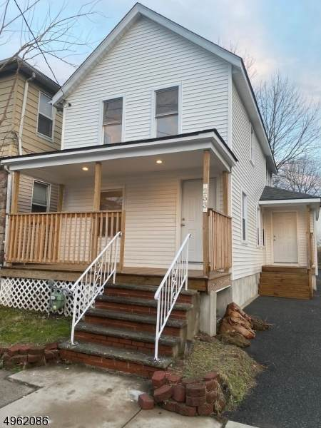 253 Hilton Ave, Union Twp., NJ 07088 (MLS #3616127) :: Zebaida Group at Keller Williams Realty