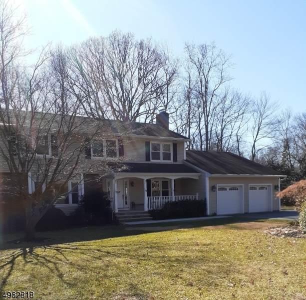 835 Loretta Dr, River Vale Twp., NJ 07675 (MLS #3616248) :: William Raveis Baer & McIntosh