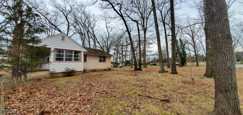 138 Woods Rd - Photo 1
