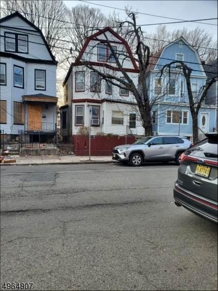 821 South 14Th St, Newark City, NJ 07108 (#3618062) :: NJJoe Group at Keller Williams Park Views Realty