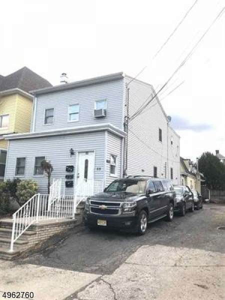 32 E 44Th St, Bayonne City, NJ 07002 (MLS #3618257) :: The Sikora Group