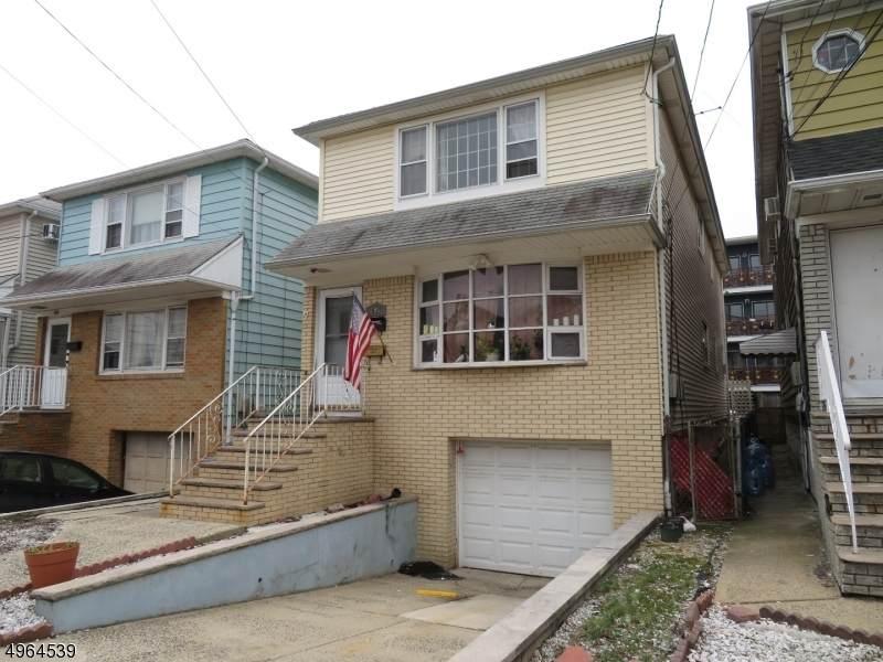 741 Cleveland Ave - Photo 1