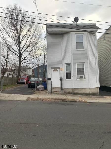 27 Tichenor Ter - Photo 1