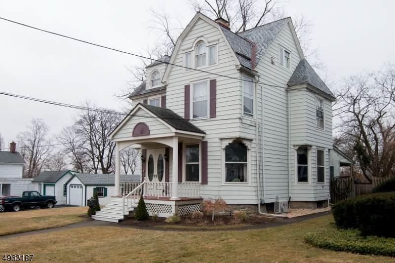 16 Linwood Ave - Photo 1