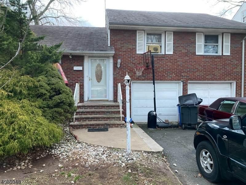 294 Whitewood Rd - Photo 1