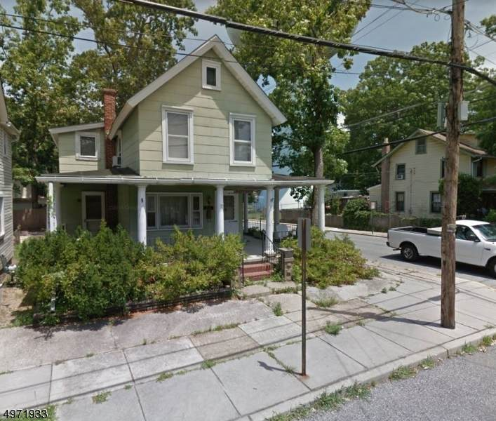 231 West Ave - Photo 1