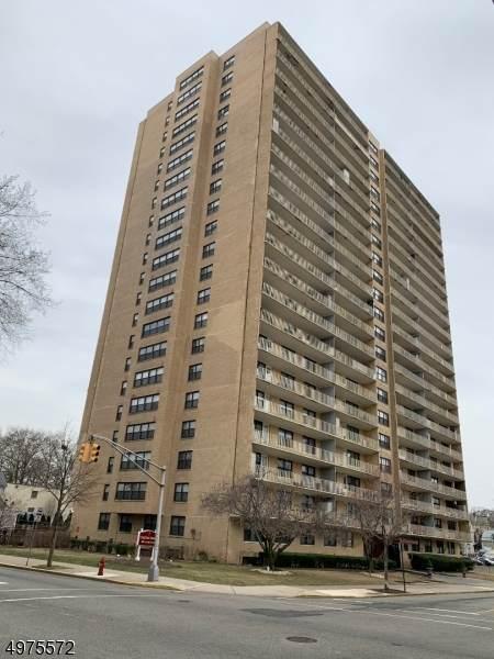 285 Aycrigg Ave 5F, Passaic City, NJ 07055 (#3627767) :: NJJoe Group at Keller Williams Park Views Realty