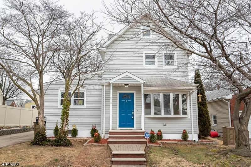 613 Maplewood Ave - Photo 1