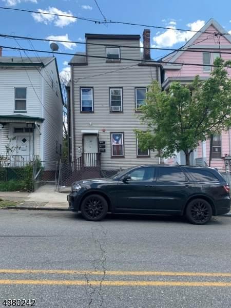 82 Lafayette St, Paterson City, NJ 07501 (MLS #3631730) :: The Sikora Group
