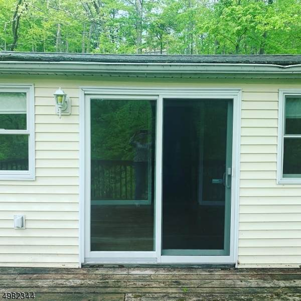 4 Woodcliff Trl, Hampton Twp., NJ 07860 (MLS #3633598) :: SR Real Estate Group
