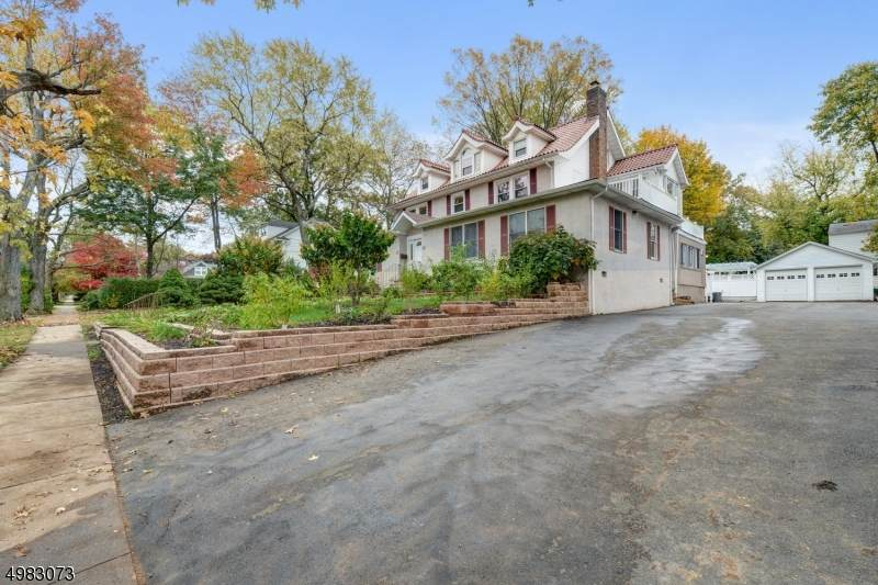 18 Midland Blvd - Photo 1