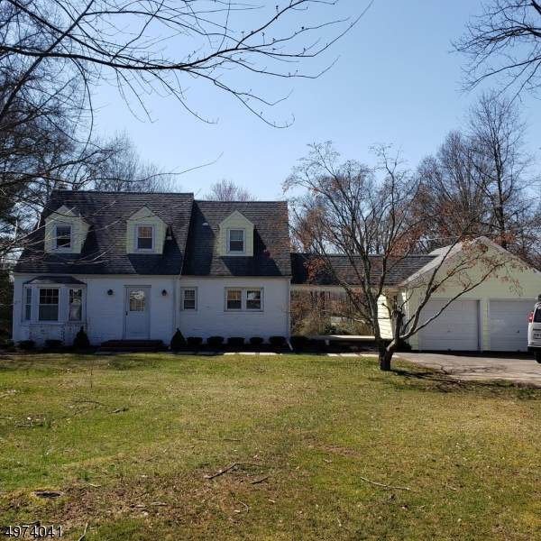699 Foothill Rd, Bridgewater Twp., NJ 08807 (MLS #3636971) :: The Raymond Lee Real Estate Team